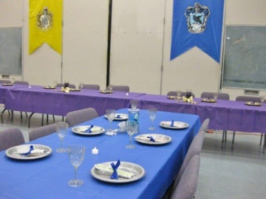 ravenclaw-table