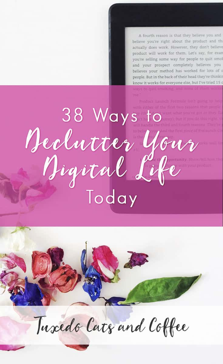I LOVE decluttering! It's honestly one of my favorite things in the whole world. So today I have a long blog post for you with over 30 ways to declutter your digital life. We'll be tidying things up and decluttering what's no longer needed on your computer and devices to keep things neat and organized so you can be less stressed and have better peace of mind!